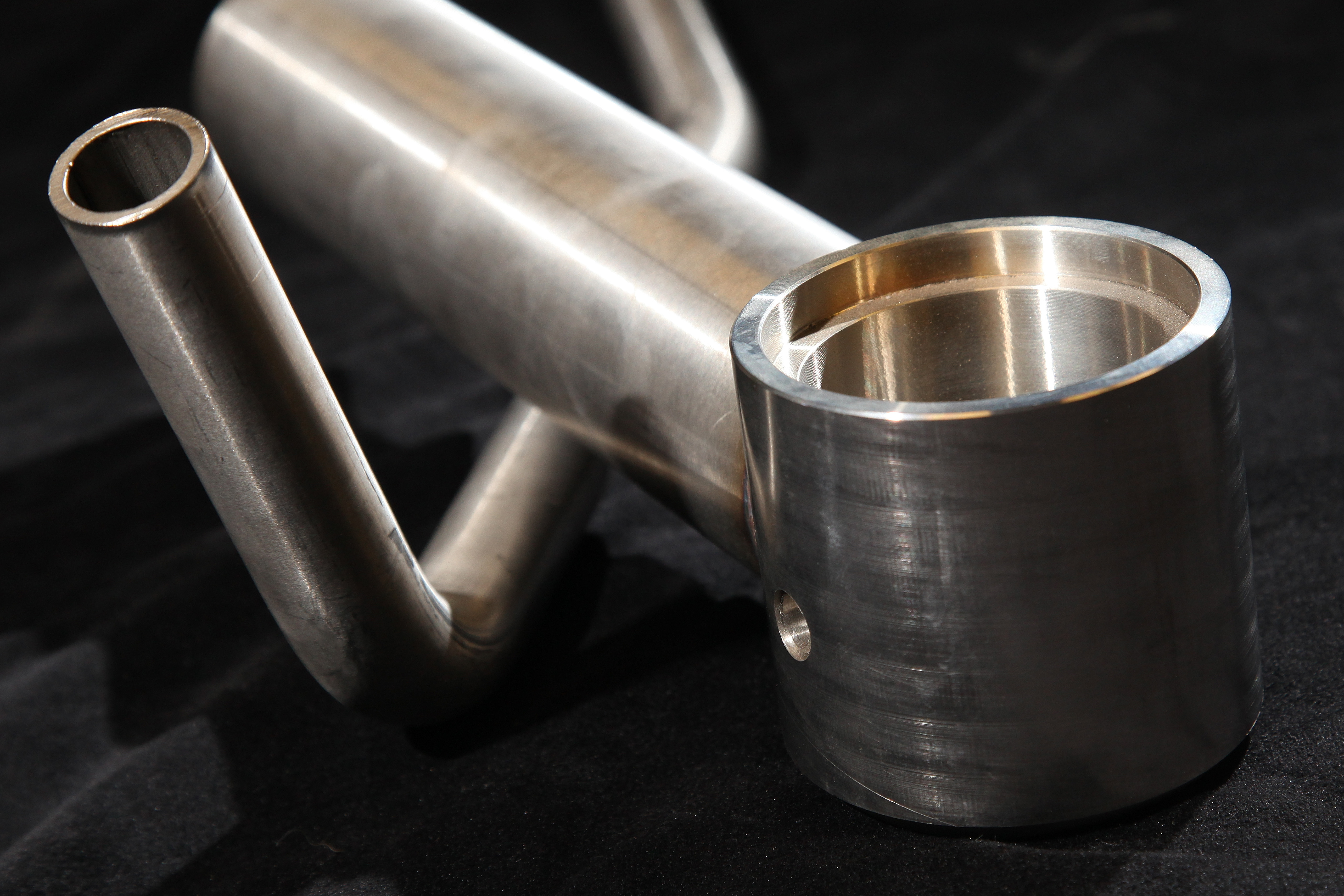 Tube bend and tube manipulation product examples - Swanglen